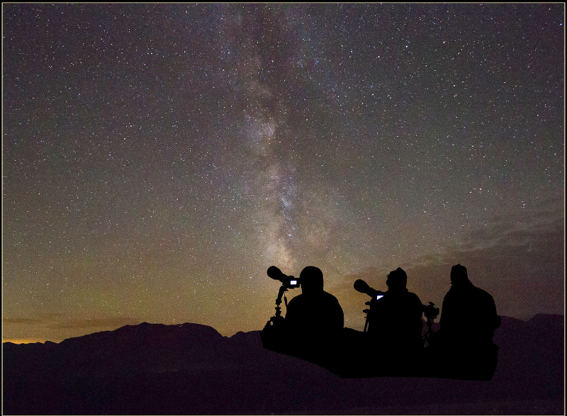 Milky Way photographers 2000 wide_0868