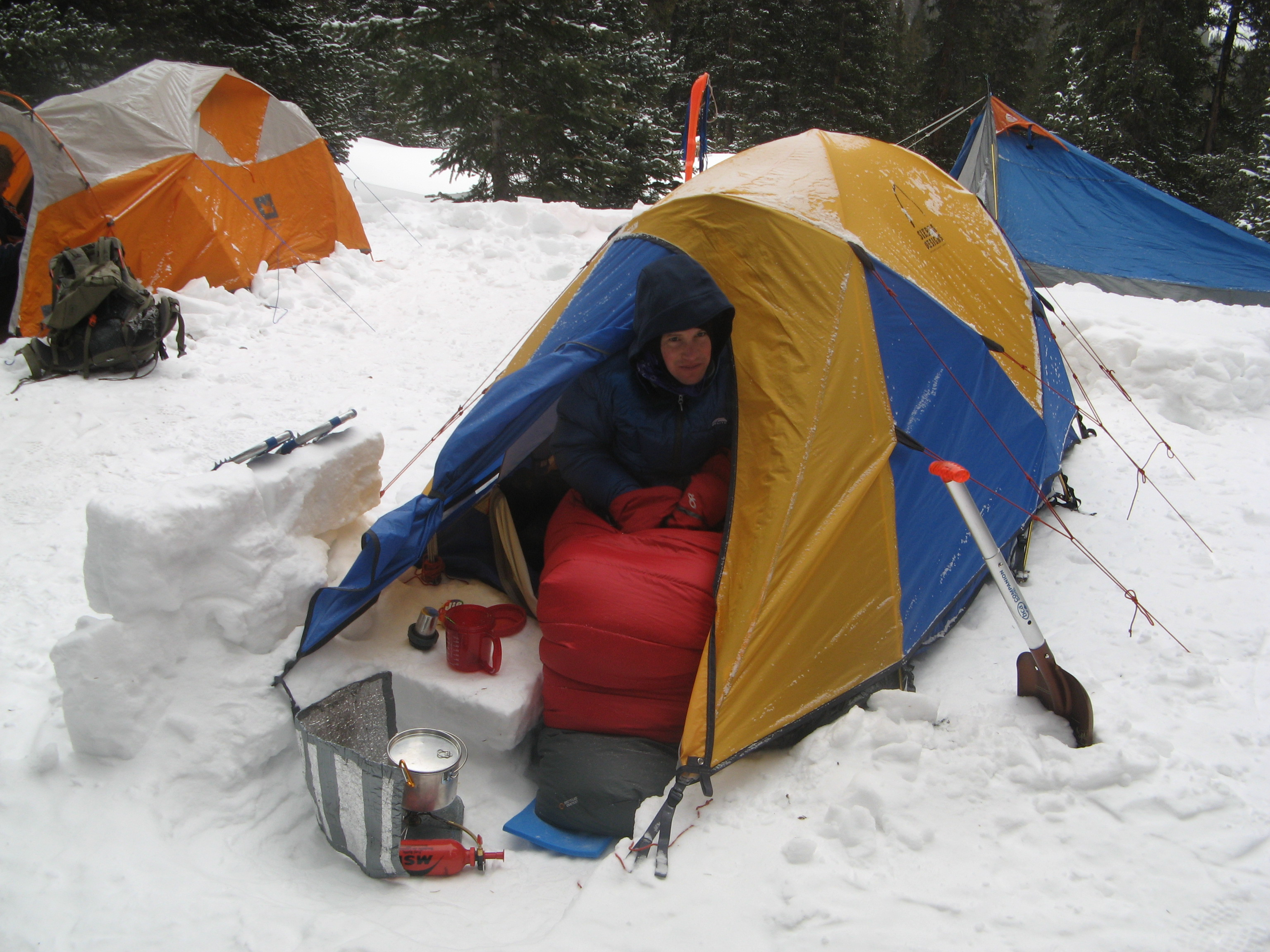 Welcome to Winter Camping School